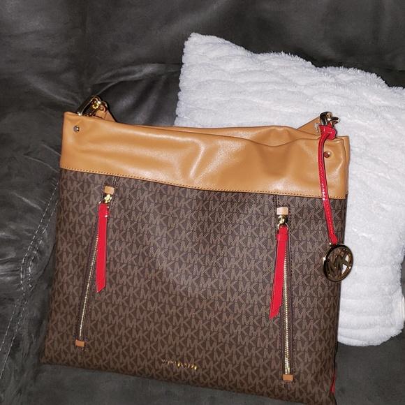 e8241685c671 M 5bf3942ed6dc52ee45d6686f. Other Bags you may like. Michael Kors Camel Hobo  Shoulder bag